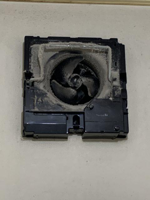 浴室(換気扇 乾燥機)トイレ換気扇 クリーニング